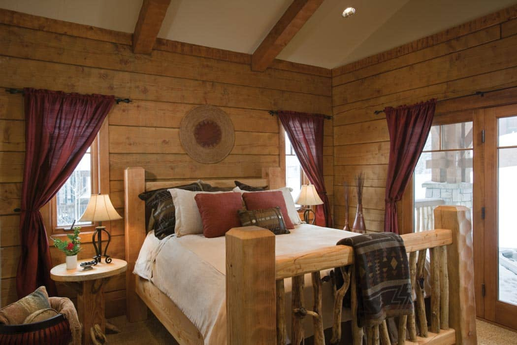 Bedroom and bathroom timber log home photo gallery for 4 bedroom log cabin homes