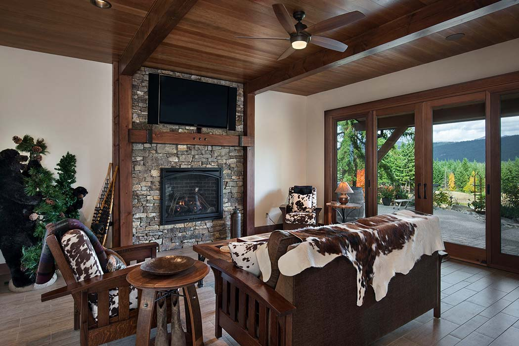 Cle Elum Master family room