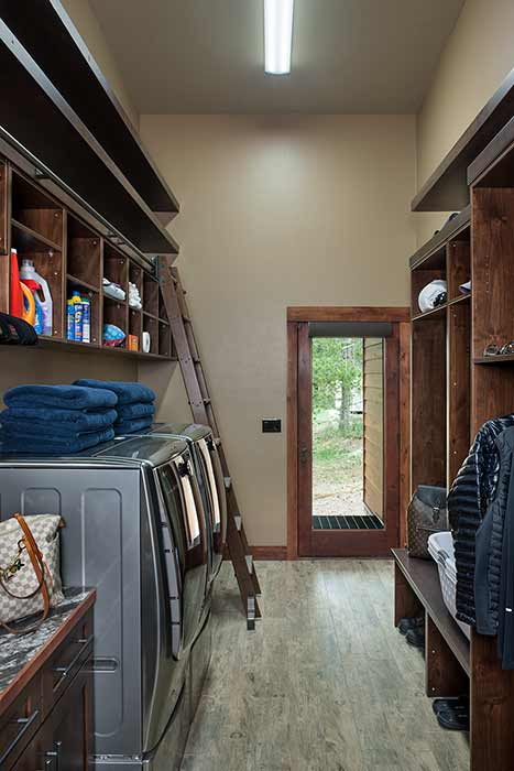 Georgetown Lake mudroom