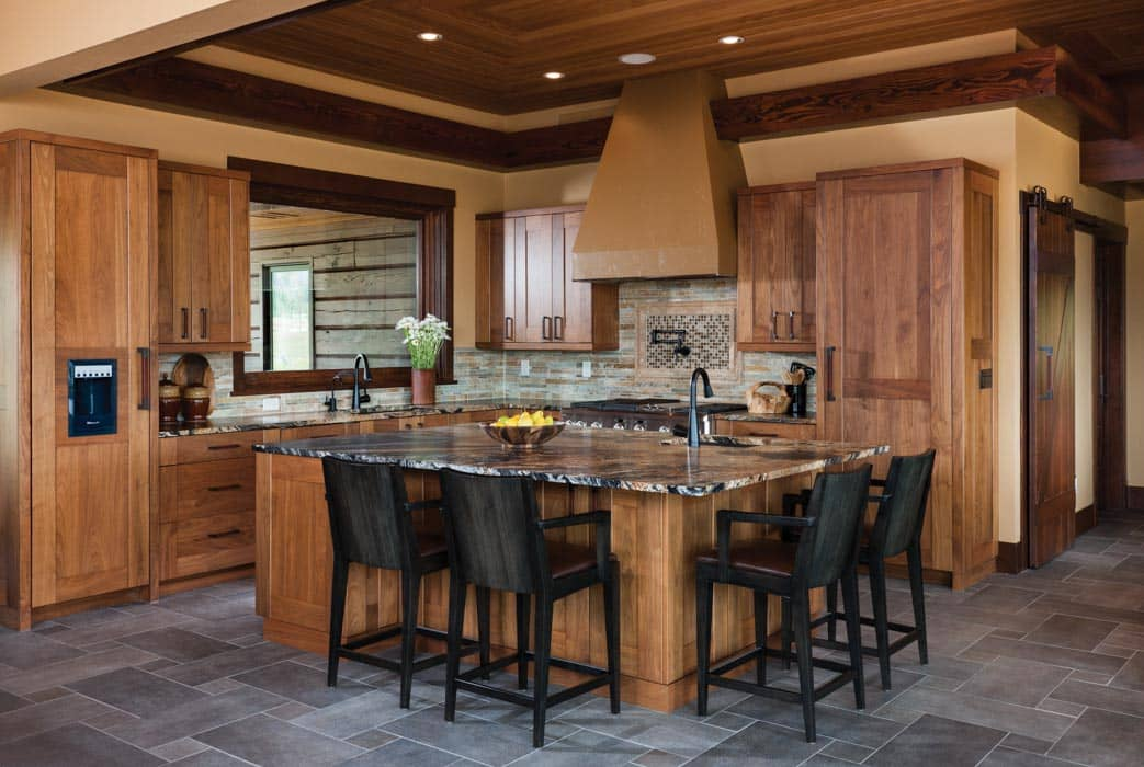 Hahn 39 s peak colorado log home by precisioncraft for Log home kitchens gallery