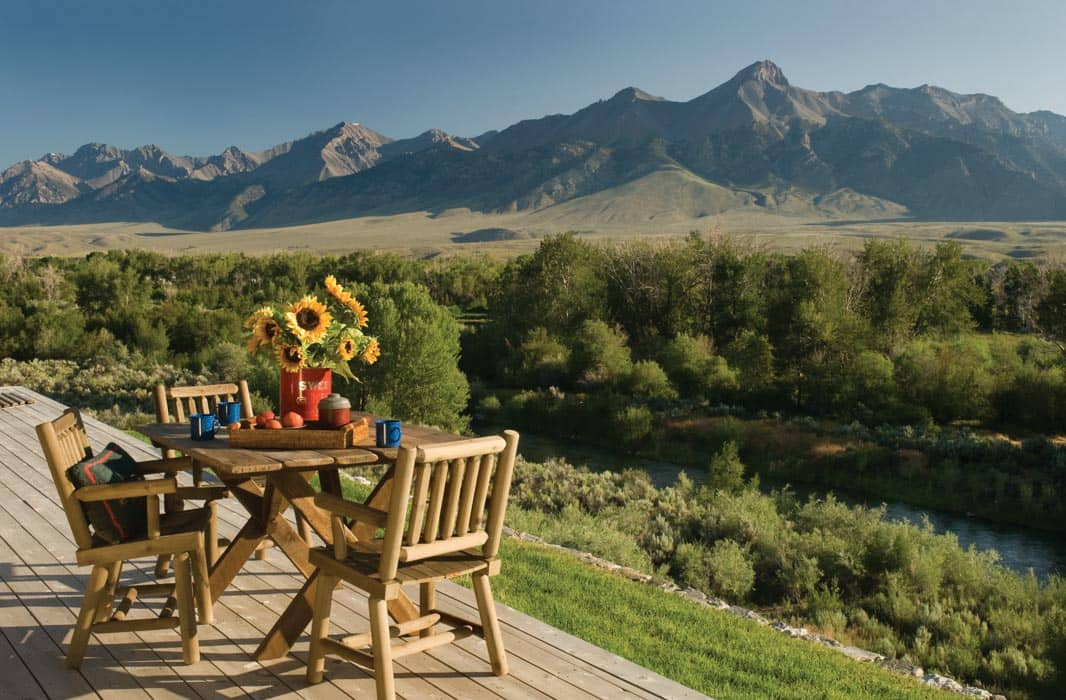 Sun Valley Outdoor Space