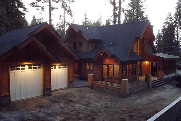 Lake Almanor Handcrafted Log Home 10-040