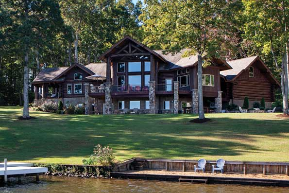North Carolina Handcrafted Log Home 06-189