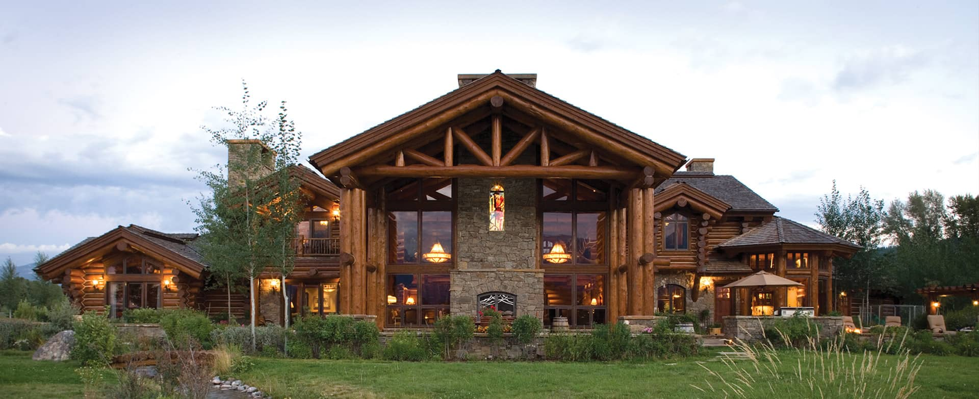 Precisioncraft luxury timber and log homes Home builders designs