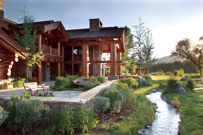 Log finishes define look of log home